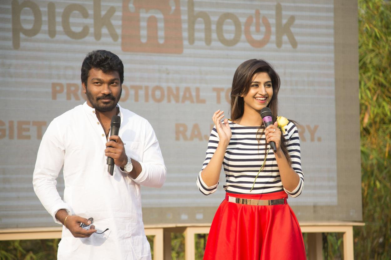 http://www.andhravilas.net/media/Gallery/Actress-Varshini-Hosts-Pick-N-Hook-Event-Photos-1264496/thumb/7462.jpg