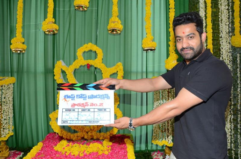 http://www.andhravilas.net/media/Gallery/East-Coast-Productions-no-2-Movie-Opening--1264899/thumb/9181.jpg